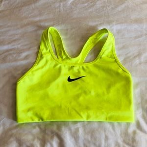 Nike Swoosh Dri-fit Athletic Bra